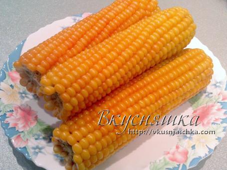 изображение Кукуруза сколько варить по времени