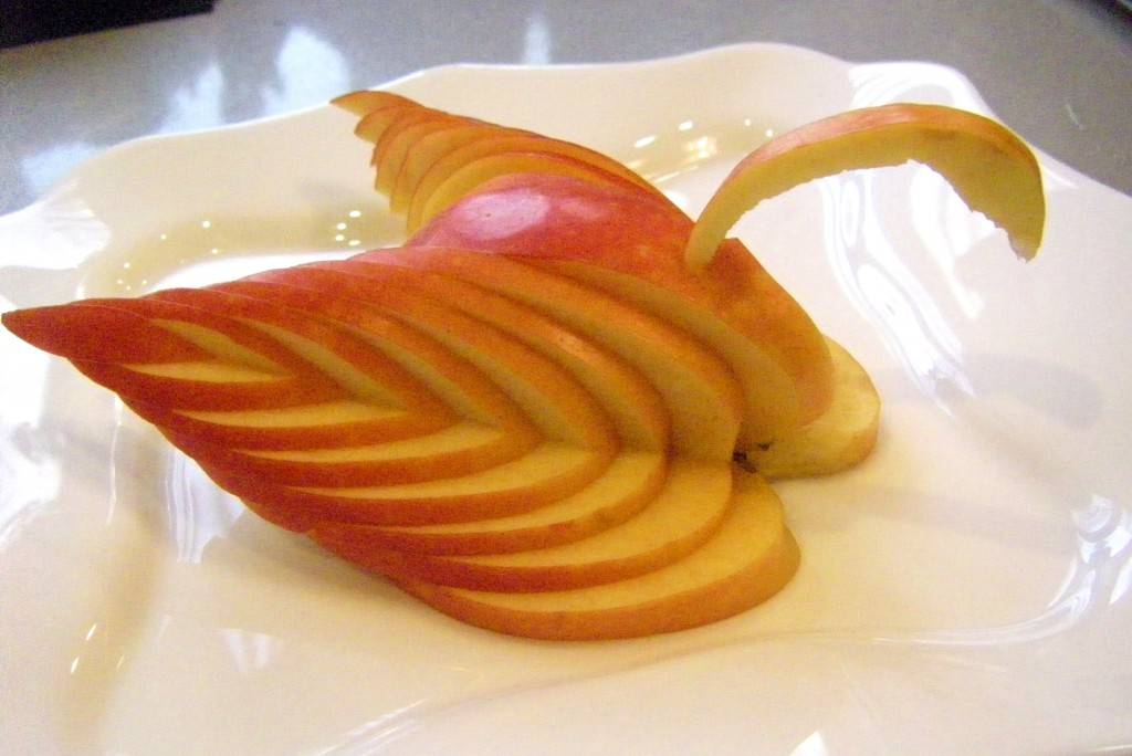 изображение Как красиво нарезать яблоки пошаговое фото
