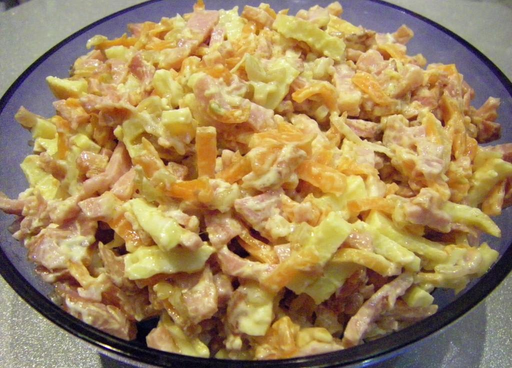 изображение Простой и вкусный салат с мясом рецепт с фото
