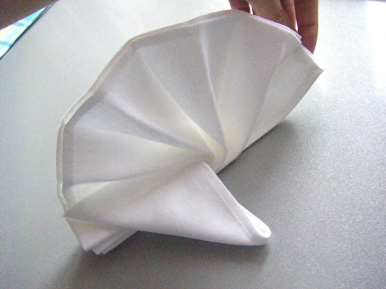Сервировка салфеток бумажных для