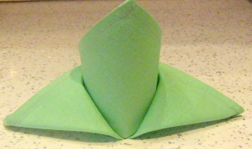 изображение Как складывать салфетки для сервировки стола