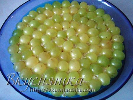 салат с виноградом и курицей и грецкими орехами и сыром рецепт фото