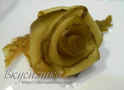 Роза из огурца