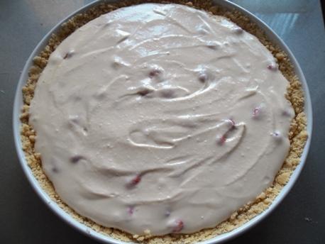 Пирог творожный с облепихой