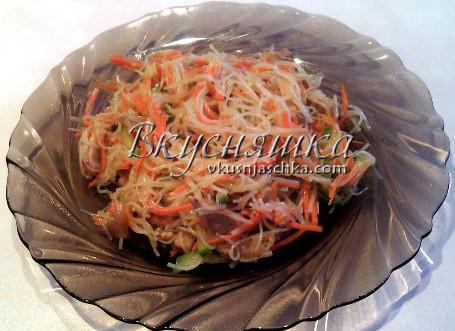 изображение Фунчоза с корейской морковью