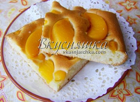 изображение пирога с персиками