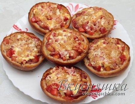 Пицца из булочек в духовке