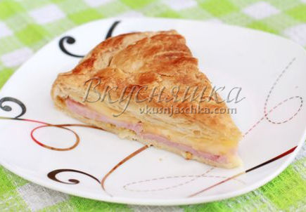 пирог с сыром слоеный в мультиварке