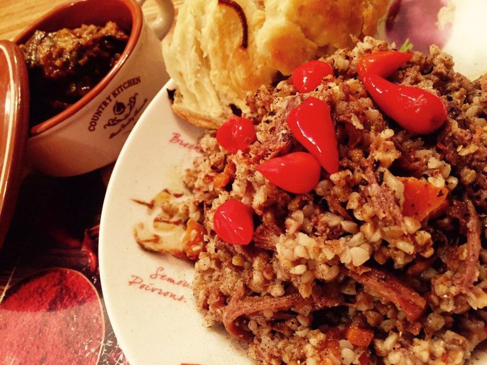 Гречка с тушенкой рецепт с фото пошагово