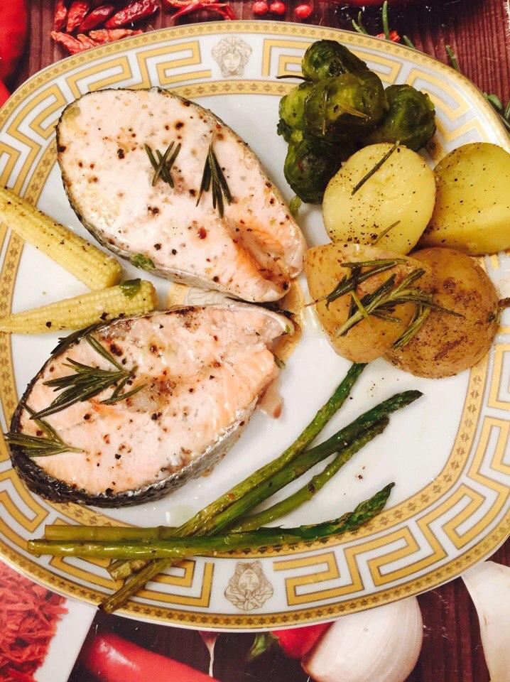 Филе рыбы с картофелем и стручковой фасолью в духовке